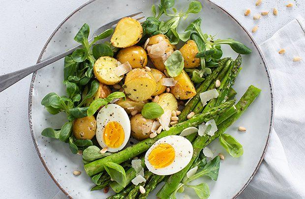asperges met krieltjes en ei